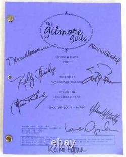 2000 THE GILMORE GIRLS Pilot Script Signed by Cast Lauren Graham, Alexis Bledel
