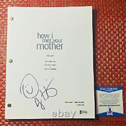 ALYSON HANNIGAN SIGNED HOW I MET YOUR MOTHER PILOT SCRIPT with BECKETT BAS COA