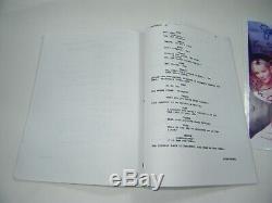 Autographed Sex And The City Pilot Script / Transcript 8-1/2 X 11 Photo