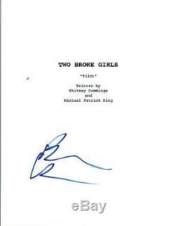 Beth Behrs Signed Autographed TWO BROKE GIRLS Pilot Episode Script COA VD