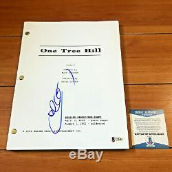 CHAD MICHAEL MURRAY SIGNED ONE TREE HILL FULL PAGE PILOT SCRIPT with BECKETT COA