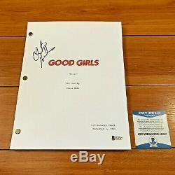 CHRISTINA HENDRICKS SIGNED GOOD GIRLS FULL PAGE PILOT SCRIPT with BECKETT BAS COA