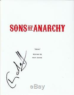 Charlie Hunnam Signed Sons of Anarchy Full 64 Page Pilot Script Teleplay Jax
