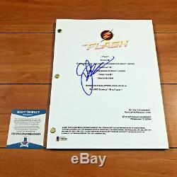 GEOFF JOHNS SIGNED THE FLASH FULL 61 PAGE PILOT SCRIPT with BECKETT COA & PROOF