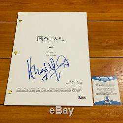HUGH LAURIE SIGNED HOUSE FULL 67 PAGE PILOT SCRIPT with BECKETT BAS COA