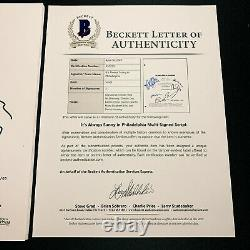 IT'S ALWAYS SUNNY IN PHILADELPHIA SIGNED PILOT SCRIPT BY 6 CAST with BECKETT COA