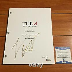 JAMIE BELL SIGNED TURN PILOT FULL 61 PAGE EPISODE SCRIPT with BECKETT BAS COA