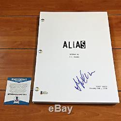 JENNIFER GARNER SIGNED ALIAS FULL 72 PAGE PILOT SCRIPT withPROOF & BECKETT BAS COA