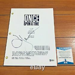 JENNIFER MORRISON SIGNED ONCE UPON A TIME FULL PAGE PILOT SCRIPT with BECKETT COA