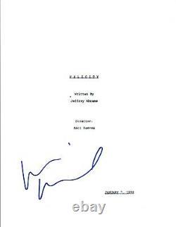 Keri Russell Signed Autographed FELICITY Pilot Episode Script COA