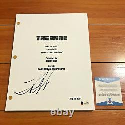 LANCE REDDICK SIGNED THE WIRE FULL 64 PAGE PILOT SCRIPT with BECKETT BAS COA