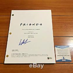LISA KUDROW SIGNED FRIENDS FULL 61 PAGE PILOT EPISODE SCRIPT with BECKETT BAS COA