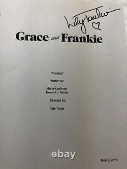 Lily Tomlin Grace And Frankie Signed Autographed Full Pilot Episode Script Fonda