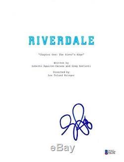 Luke Perry Signed Riverdale Pilot Script Beckett Bas Autograph Auto