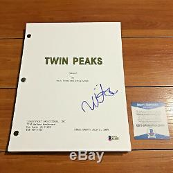 MADCHEN AMICK SIGNED TWIN PEAKS FULL 60 PAGE PILOT SCRIPT with BECKETT BAS COA