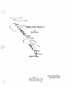 Melissa Mccarthy Signed Mike And Molly Pilot Full 44 Page Script Autograph Coa
