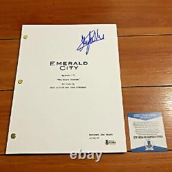 Oliver Jackson-cohen Signed Emerald City Full Page Pilot Script Beckett Bas Coa