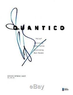 Priyanka Chopra Signed Quantico Pilot Episode Script Beckett Bas Autograph Auto