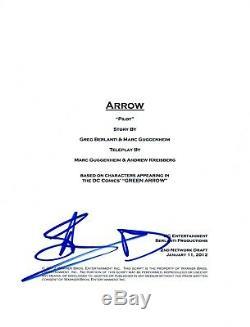 Stephen Amell Signed Autographed ARROW Pilot Episode Script COA