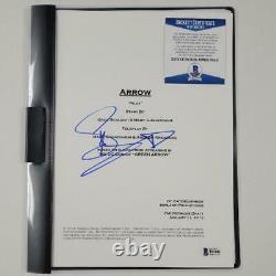 Stephen Amell signed Arrow Script TV Pilot Autograph Beckett BAS COA