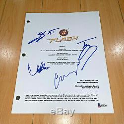 THE FLASH SIGNED PILOT SCRIPT BY 4 CAST MEMBERS /GRANT GUSTN with BECKETT BASCOA
