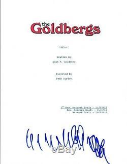 Wendi McLendon-Covey Signed Autographed THE GOLDBERGS Pilot Episode Script COA